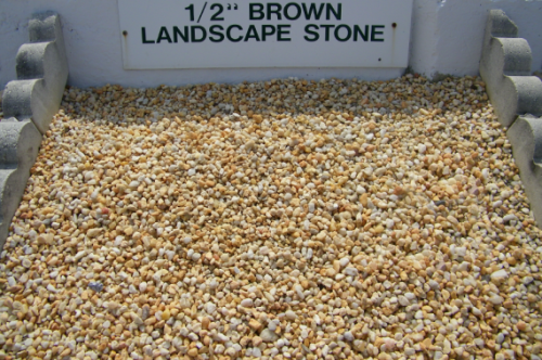 1-half-inch-brown-landscape-stone-570x379.png
