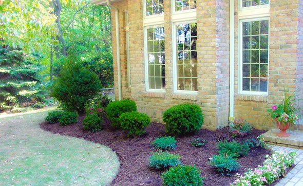 Beautiful Front Yard Landscaping | Beautiful Front Yard Landscaping Ideas | Mulch Maryland | Landscape Stone Carroll County | Garden Supply Westminster | Topsoil Hampstead Maryland-3