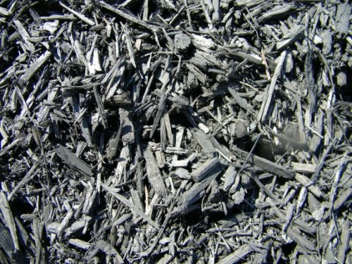 Double-Shredded-Black-Dyed-Mulch
