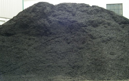 Triple-Shredded-Black-Dyed-Mulch-WS-Bin-570x360.jpg